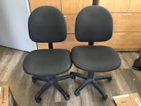 Pair of rolling office desk chairs  Toronto, M5H 2M4