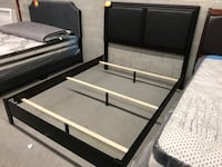 Brand new queen espresso wooden bed frame warehouse sale, limited quantities  多伦多, M1V 1E9