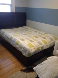 QUEEN SIZE CHOCOLATE BROWN COMPLETE SET WITH MATTRESS HAS TWO DRAWERS Barrie, L4N