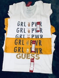 Women Guess T-shirts-(read info) Toronto, M3J 1E4