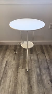 Table Seattle, 98144