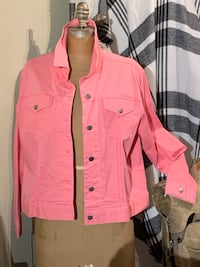 Brand new pink jean jacket size 18 Wilmot, N3A