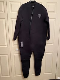 New wet suit 6xl