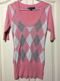 Women's Large Top Winnipeg, R3X 1C3