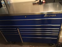 Blue and silver snap-on tool chest Sterling, 20165