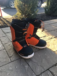 Size 9 Snowboard Boot