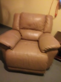 Leather recliner Kenner, 70065