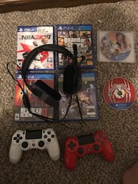 Ps4, headset, 2 controllers, games