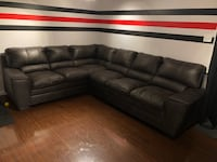 Sectional couch  Kitchener, N2P 2C3