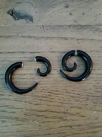 Black fake gage earings Kokomo, 46902