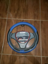 blue and black car steering wheel cover