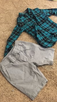 Mens clothes Size small Size 30 New Carlisle, 46552