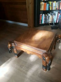 Coffee table North Vancouver, V7L 2M9