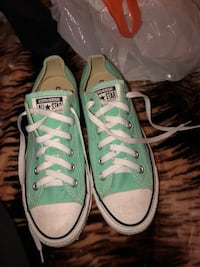 Pair of green converse all star low top sneakers Surrey, V3V 7Z6