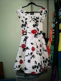 Hearts and Roses Dress Edmonton, T6X 1A4