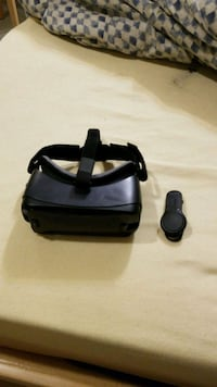 Samsung gear vr with controller  Longueuil, J4H