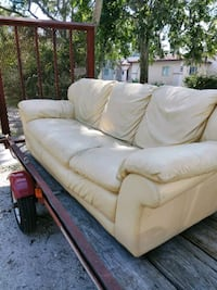 Have a nice real leather couch super comfy good co Daytona Beach, 32114