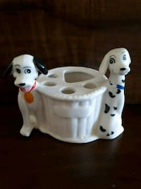 101 Dalmatians toothbrush and toothpaste holder. Whitby, L1P 1A1