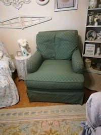 VINTAGE GOOSE FILLED CUSHION CHAIR Jacksonville, 32277