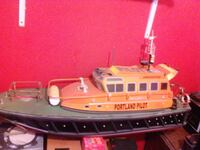 Rc lifeboat  Cheshire West and Chester, CH65 2ER
