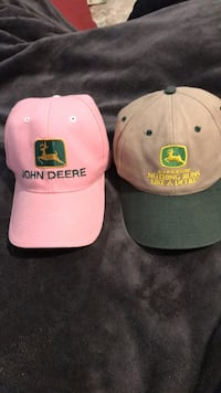 New his and her John Deere caps/ size fits all Pearl, 39208