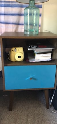 2 modern Nightstands / Side Tables/ Coffee Tables Rockville, 20850
