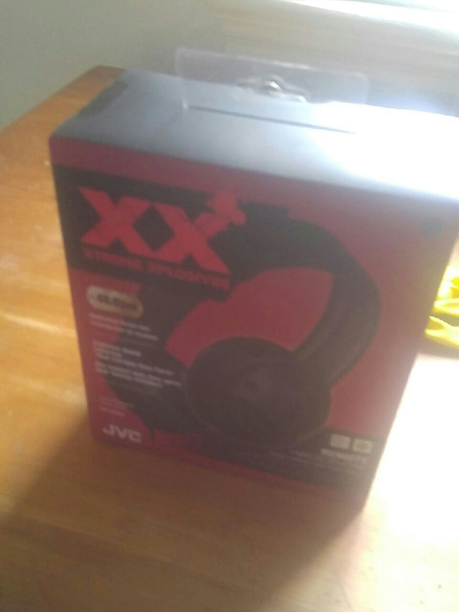 Brand NEW!! JVC XX HEADHONES!!