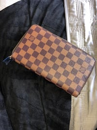 LOUIS VUITTON WALLET Markham, L6E 1M2