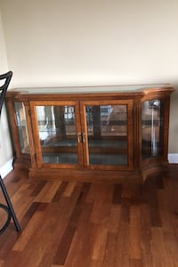Solid Wood Sidebar Hutch Cabinet Langford, V9B 3X7