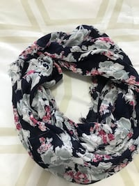 Floral circle scarf Mississauga, L4Y