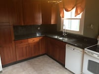 kitchen cabinets and counter top Washington