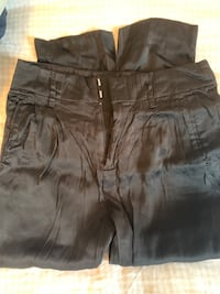 Gap pleated satin pants size 4