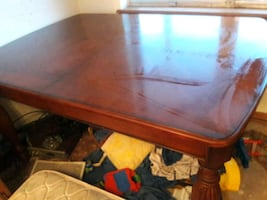 Kitchen table 5 foot by 3 foot 6 n 30 inchs high