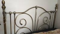 Brass bedframe, excellent  condition. Moving, must sell. Montréal, H2A