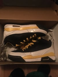 pair of black-and-white Nike basketball shoes Amarillo, 79103