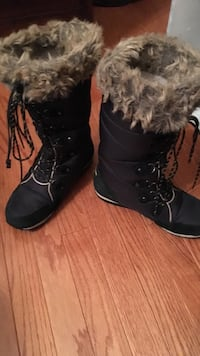 black suede fur-lined snow boots Warrenton, 20187