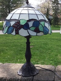 Stained glass lamp London, N6H 3G5