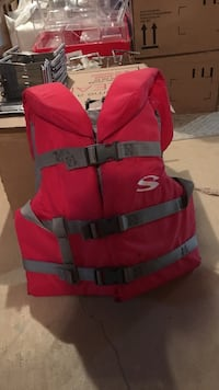 Red and gray life vest Brantford, N3T 0A4