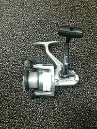 gray and black baitcast fishing reel Hagerstown, 21740