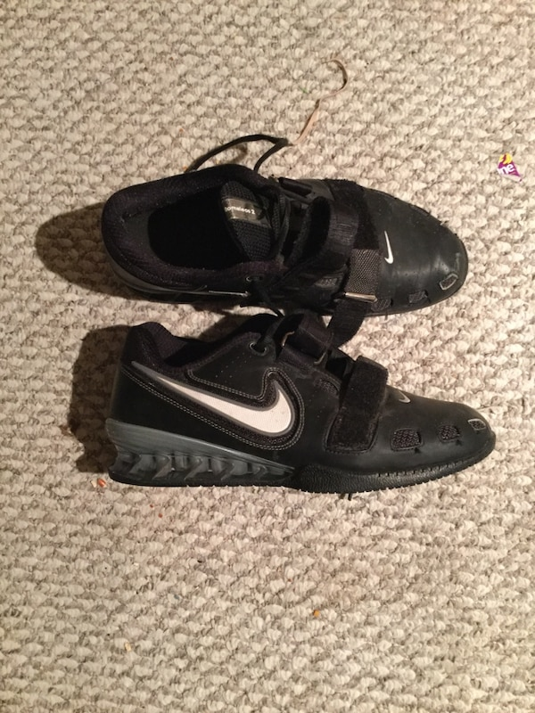 49f7639773ad Used Nike romaleos 2 Olympic lifting shoes size 8.5 for sale in Selkirk -  letgo
