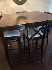 dining table Grimsby, L3M 4C6