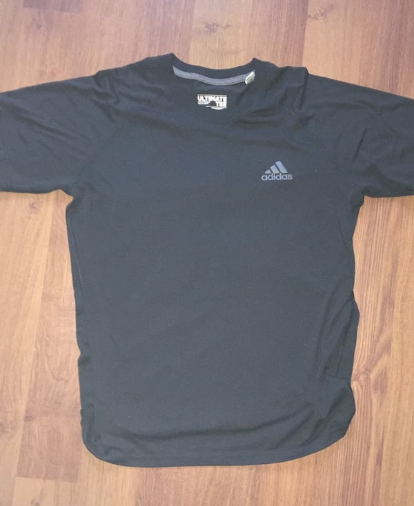 """(Large) Men's Black """"Adidas Climalite Tee"""". Thorougly washed. ea6d045c-55a5-40e1-87cf-417618c7dd7d"""
