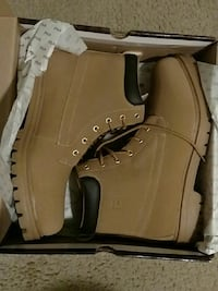 brown Fila work boots sz13