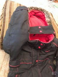 Oshkosh 5 year old kid jacket and snow pant arm side little hole Brampton, L6Y 6A9