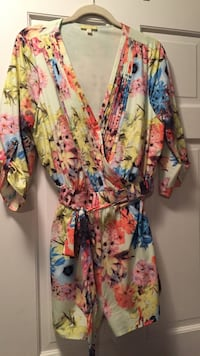 yellow, pink and blue floral print bathrobe Eden Prairie, 55347
