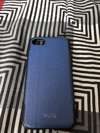 Blue and black iPhone 7 and iPhone 8 case  565 mi