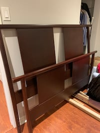 Mahogany bed frame queen Laval, H7X 4B4