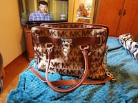 brown and white Michael Kors leather tote bag BELTSVILLE