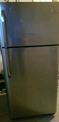"30"" Frigidaire Stainless Steel Refrigerator  Whitchurch-Stouffville, L4A 0Y4"