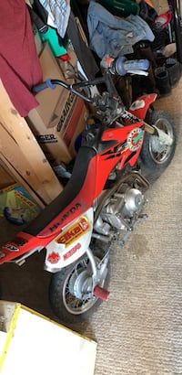 Dirtbike crf 50 stunt bike bored out to an 88